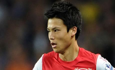 Arsenal and Bolton confirm Miyaichi loan move