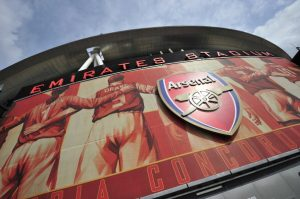 Arsenal sign new banking sponsor